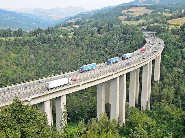 mit dem auto in italien stra enverkehrsordnung