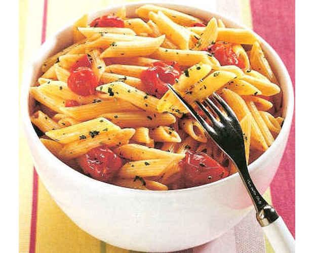 Italienisches Rezept: Penne mit Kirschtomaten aus dem Ofen